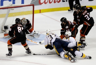 Energized Ducks Even Western Finals, Beat Predators 5-3
