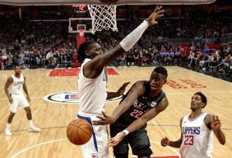 Clippers Rally to Hand Nets 8th Straight Road Loss, 123-120
