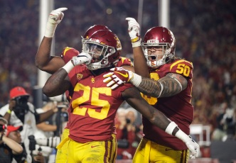 No. 6 USC Routs No. 14 Stanford 42-24 for 11th Straight Win