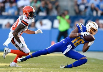 Chargers Defense Came Up Huge in Victory Over Winless Browns