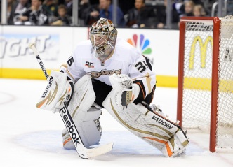 Goalie Gamble Pays Off in Ducks Win