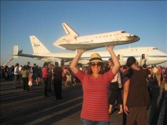 Endeavour Over JPL: The Tribute Goes Both Ways