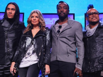 Black Eyed Peas Get It Started At The Super Bowl XLV Halftime Show