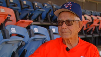 At Age 94, High School Baseball Coach Inspires Players