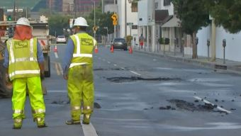 Melrose Avenue Buckles Due to Water Main Break