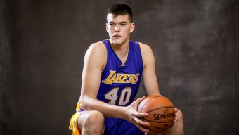 Lakers Strike Gold With Zubac in Loss to Nuggets