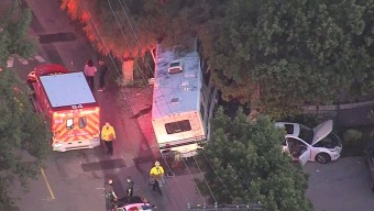 Three Hospitalized After Motorhome Driver Crashes Into Cars, Tree in Chaotic Pursuit