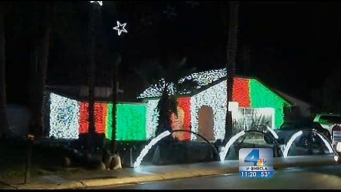 Fritz's Holiday Lights: 150,000 Lights and Growing in Cathedral City