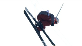 Alex Ferreira Safely Advances Into Ski Halfpipe Final