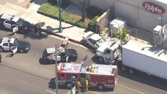 Pursuit Ends in Fatal Crash in North Hollywood