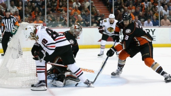 Blackhawks Beat Ducks 3-2 in Triple Overtime