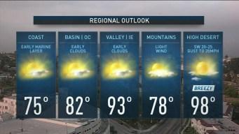AM Forecast: Beautiful Weekend Ahead