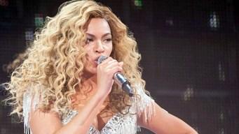 Beyonce Congratulates Gabby Douglas on Gold Medal Win