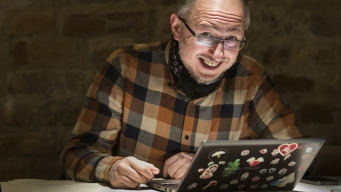 Lithuanian 'Elves' Combat Russian Influence Online