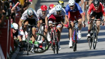 Tour Favorite Sagan Disqualified After Causing Crash