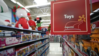 Top Tot Toys? Blocks, Boxes Over High-Tech Toys, Doctors Say