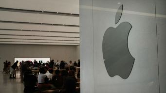 17 Charged in $1M Apple Store Theft Ring