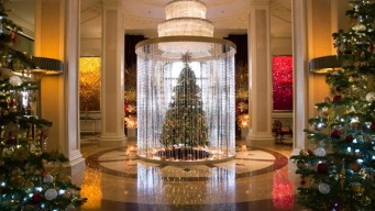 The Beverly Wilshire's Luxe, Light-of-Heart Holiday
