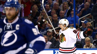 Blackhawks Rally to Stun Lightning in Game 1, 2-1
