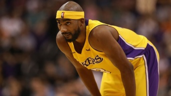 Report: Lakers Agree Buyout With Brewer