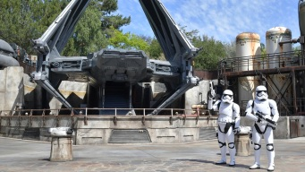 How the Star Wars: Galaxy's Edge Virtual Queue Works