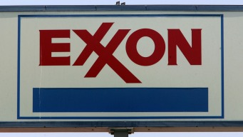 Trump Cheers Exxon Plan to Spend $20B on Gulf Coast