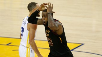 JR Smith's Blunder at Warriors vs Cavs Game 1 Becomes a Meme