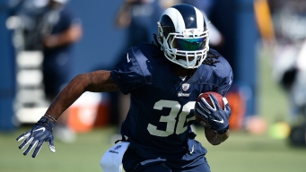 Rams RB Gurley Insists Knee is Fine as Questions Persist