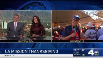Helping Out: LA Mission Thanksgiving