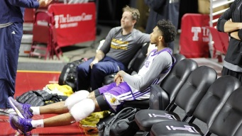 Lakers' Life on the Road, It's A Trip