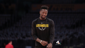 Julius Randle Leads Lakers Over Cavs