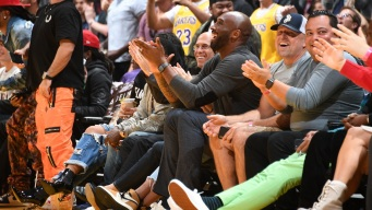 With Kobe Watching, LeBron and the Lakers Crush Hawks 122-101