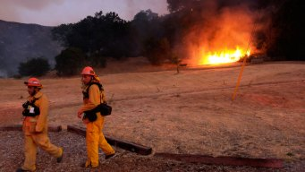 Calabasas Fire 80 Percent Contained