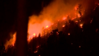South Lake Tahoe Wildfire Forces Evacuation of 500 Homes