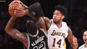 Brandon Ingram Sets Career-High Vs. Spurs
