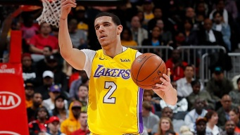 Lonzo Ball Clutch, Lakers Win Fifth Straight