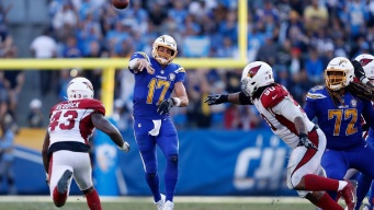 Philip Rivers Sets 2 Completion Records, Chargers Win 45-10