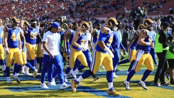 Kaepernick Leads 49ers To Comeback Win Over Rams