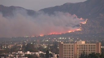Watch: Smoke From the Saddleridge Fire Spreads Over the San Fernando Valley