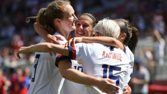 USWNT Beats South Africa 3-0 in First World Cup Warmup