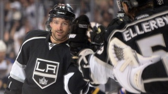 Kings Knock Off Blues to Tie First-Round Series