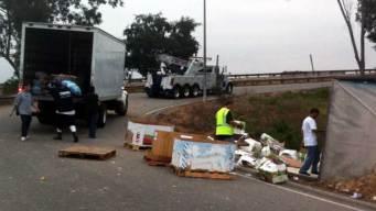 Onion Truck Overturns on 710 Freeway Ramp