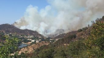 Ventura County Fire Burns Near Homes