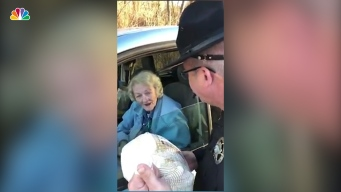 Officers Surprise Drivers With Turkeys Instead of Tickets