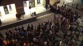 UC Santa Cruz Students Mourn Isla Vista Rampage Victims