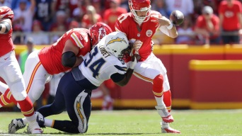LA Chargers Player Sues Trainer Over PED Suspension