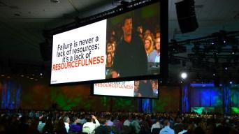 Tony Robbins Hypes Up Dreamforce Crowds in San Francisco