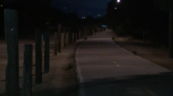 Man Attacks, Drags Jogger in Duarte Park