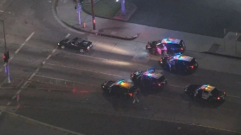 Suspected Car Thief Surrenders in Mission Hills After Chase