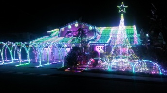 Fritz's Holiday Lights: A Magnificent Tribute in Fountain Valley